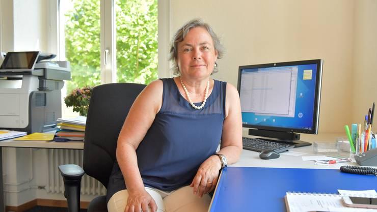 Barbara Leibundgut in ihrem Büro im Gemeindehaus wurde still als Gemeindepräsidentin gewählt.
