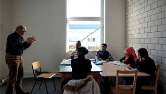 Schulpflichtige unbegleitete und minderjährige Asylsuchende werden in einer Spezialklasse gefördert. Archiv