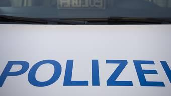 Ein 52-jähriger Mann ist bei einem Raubversuch in Sulgen TG leicht verletzt worden. Die Fahndung nach den beiden Tätern verlief zunächst erfolglos.