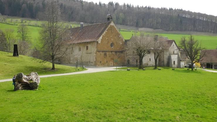 Idyllisch gelegen: Das romanische Kloster Schönthal bei Langenbruck ist mit seinem internationalen Skulpturenpfad Bestandteil der Via Surprise.