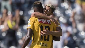 Verdienter Jubel für die YB-Spieler Jean-Pierre Nsame und Loris Benito nach der geglückten Cupfinal-Revanche