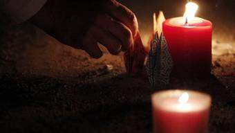 Zeichen der Trauer (Symbolbild)