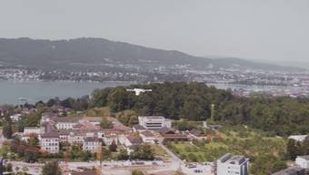 Drohne transportiert Laborproben über den Zürichsee