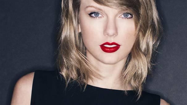 Taylor Swift bittet Fans und Freunde um Hilfe