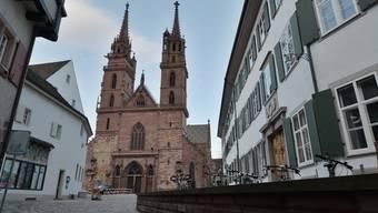 Der Mann stürzte von einem der Türme des Basler Münsters.