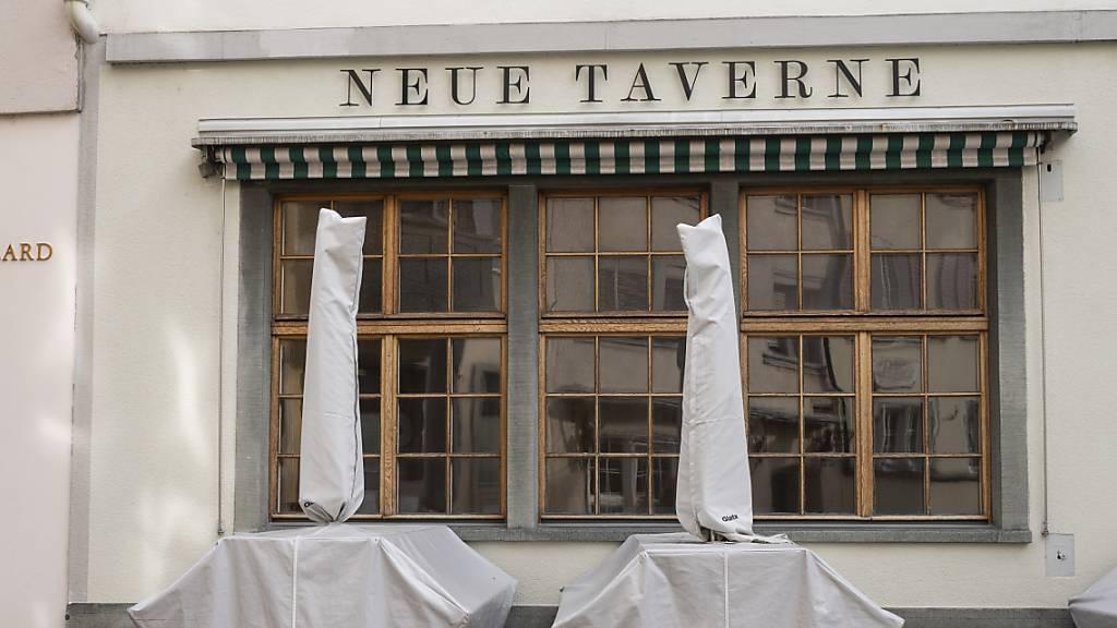 Nationalratskommission will Restaurants schneller wieder öffnen