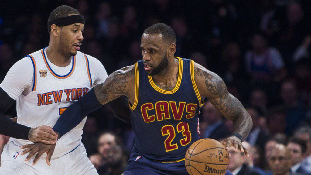 LeBron James (am Ball) erreicht in der NBA eine nächste Bestmarke