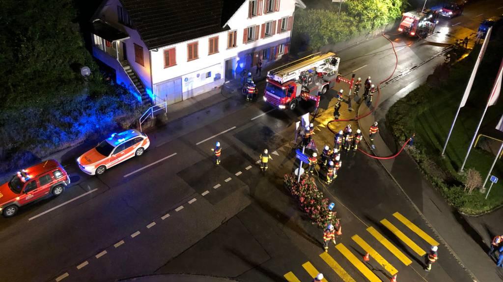 Aufmerksame Autofahrerin verhindert Hausbrand