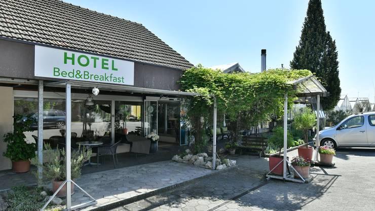 Der Eingang in das B&B Hotel Alte Gärtnerei in Härkingen.