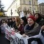 In Frankreich ist es auch am Mittwoch wegen der Streiks gegen die geplante Rentenreform wieder zu massiven Verkehrsbehinderungen gekommen. Die staatliche Bahngesellschaft SNCF forderte Fahrgäste auf, ihre Reisen zu verschieben. (Archivbild)