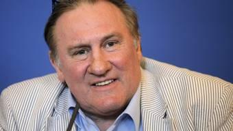 Depardieu an der Medienkonferenz für russisches Filmfestival Nizza