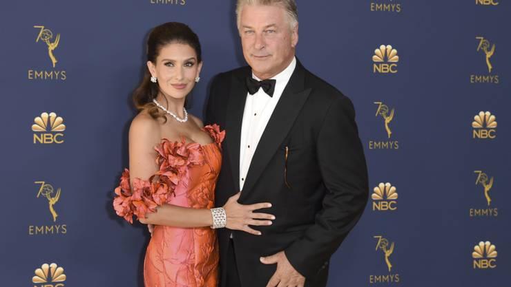 Freuen sich auf ihr fünftes gemeinsames Kind: US-Schauspieler Alec Baldwin (rechts) und seine Ehefrau Hilaria.