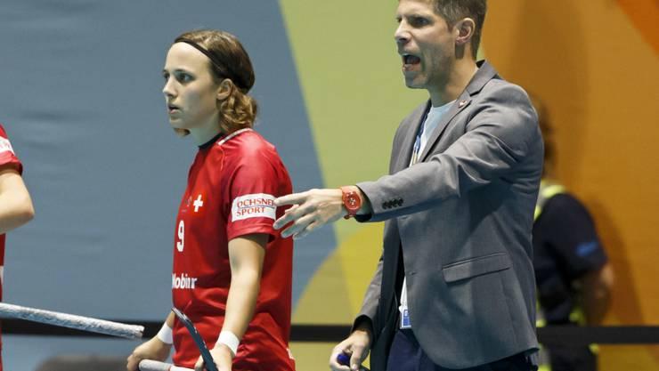 Rolf Kern gibt bis 2024 Anweisungen als Frauen-Nationaltrainer