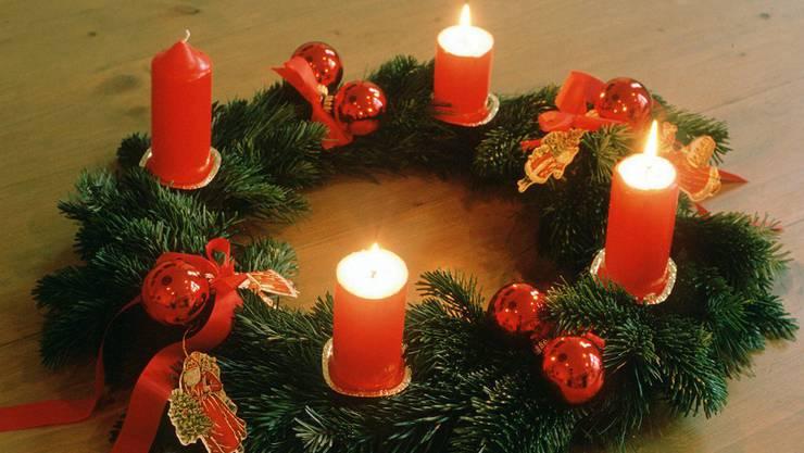 Der Adventskranz ist eine der Traditionen, welche für unseren Autor zur Weihnachtszeit gehört.