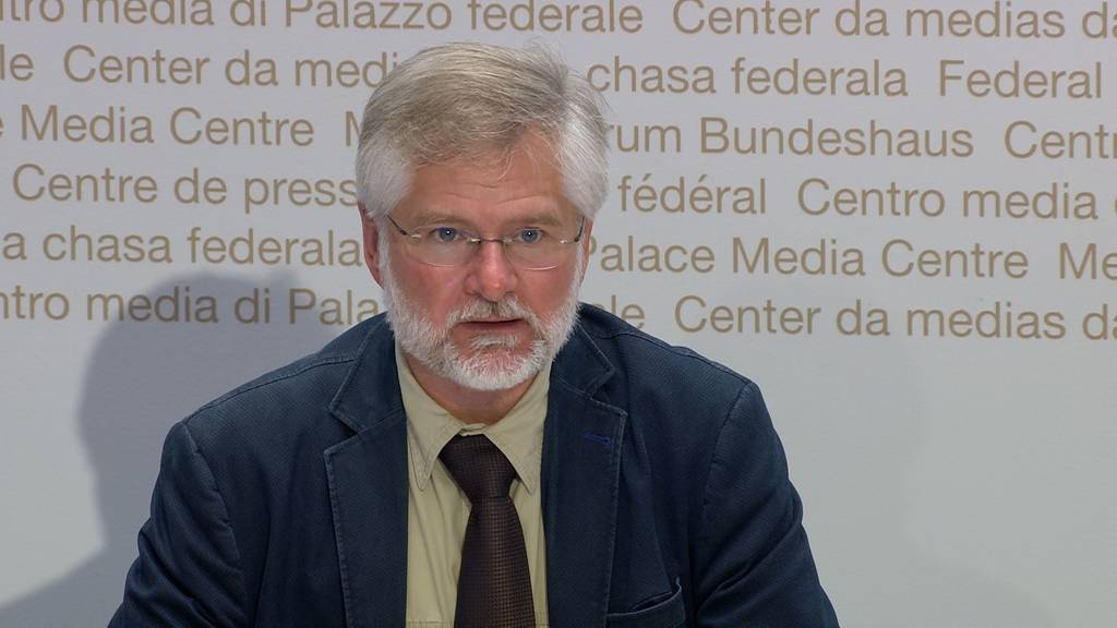 «Impfung macht nicht unfruchtbar»: Kantonsarzt Rudolf Hauri räumt mit Impf-Mythen auf