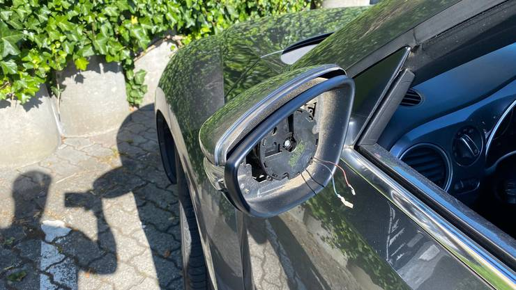 An den Autos entstand leichter Sachschaden.