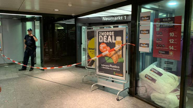 Bilder des Polizei- und Rettungseinsatzes in Brugg.