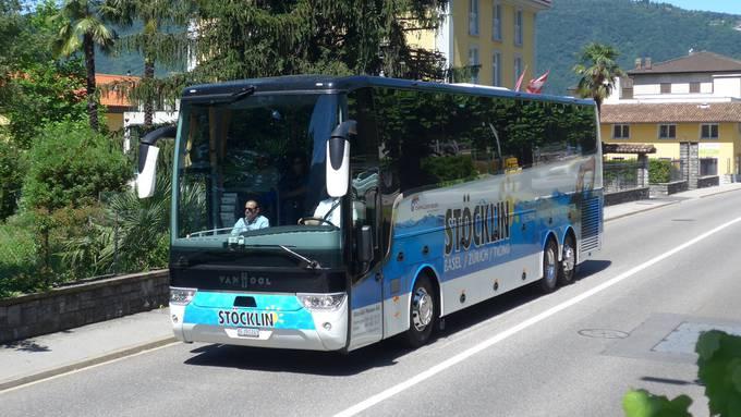 Ein Car von Stöcklin Reisen.