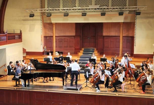 """Mit dem Programm """"Movie – Pop - Musical"""" entführte das Orchester die Zuhörer in die Welt des Films."""