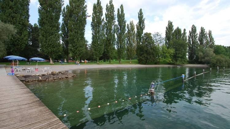 Die Eröffnung der Badisaison fällt ins Wasser