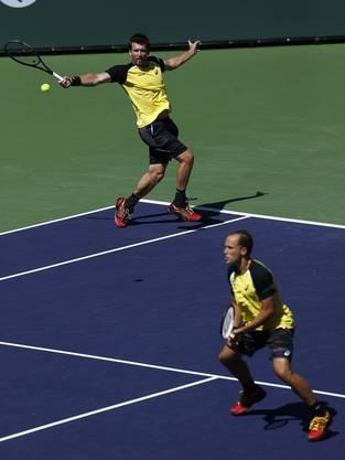 Alexander Peya (Österreich) links und Bruno Soares (Brasilien) waren zu stark für Federer/Wawrinka.