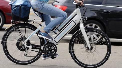 In Liestal sind ein Auto und ein E-Bike zusammengestossen. (Symbolbild)