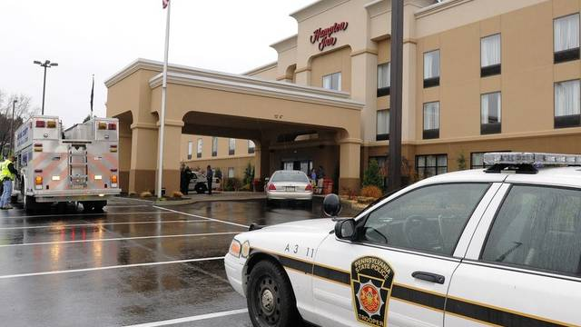 Die Polizei verhaftet den mutmasslichen Schützen im Hampton Inn, Pennsylvania