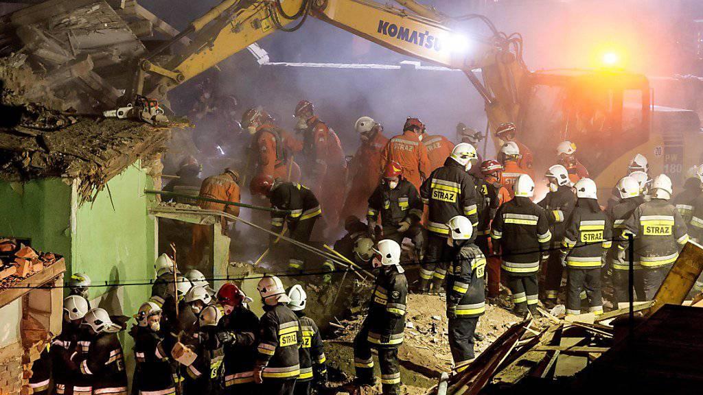 Grosseinsatz in Swiebodzice: In Südwestpolen sterben sechs Menschen beim Einsturz eines Hauses.