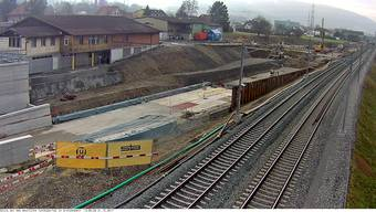 Blick auf das westliche Tunnelportal in Gretzenbach. Bald hat die Tunnelbohrmaschine ihr Ziel erreicht.