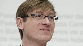 Das freundliche Lächeln täuscht: Preisüberwacher Meierhans kämpft unerbittlich für faire Preise (Archiv).