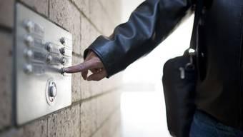 Wenn ein begründeter Verdacht auf einen IV-Betrug vorliegt, ordnet die IV-Stelle Kanton Solothurn eine Observation an.