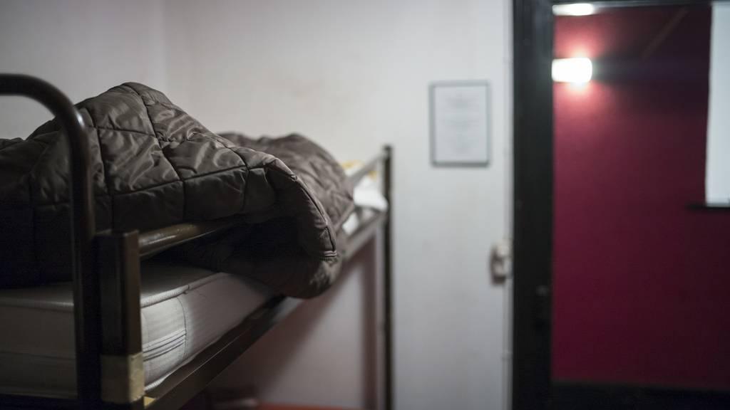 Der Vorfall passierte in einer Zelle mit einem Kajütenbett. (Symbolbild)