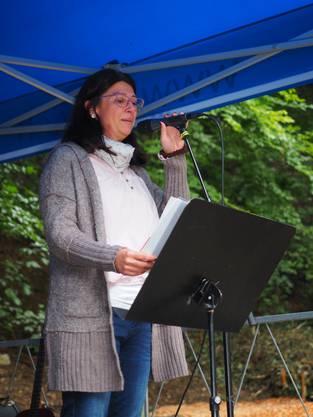 Elternverein-Präsidentin Ivana Faes bei ihrer Begrüssung.