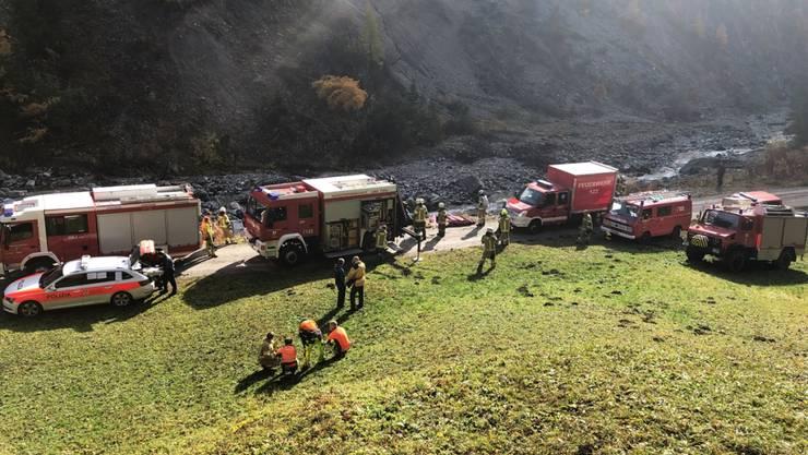 Grenzüberschreitende Aktion: Der Saumnauner Feuerwehr kamen auch österreichische Kollegen aus dem Tirol zu Hilfe.