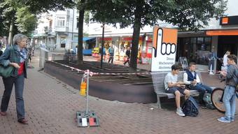 Hier entsteht der erste Prototyp einer Sitzinsel am Neumarktplatz.