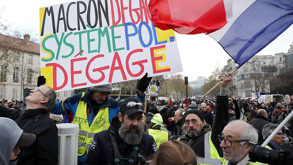 Erneut hunderttausende Franzosen gegen Rentenreform auf der Strasse