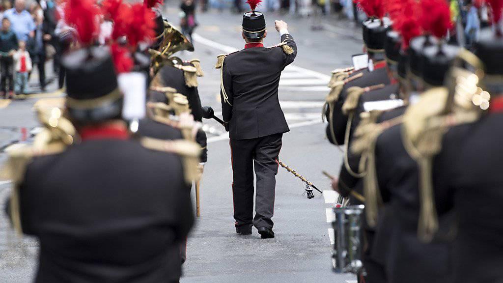 Am 34. Eidgenössischen Musikfest in Montreux werden 556 Formationen, 26'000 Musiker und 220'000 Besucher erwartet. Im Bild die Blasmusik aus Romont FR.