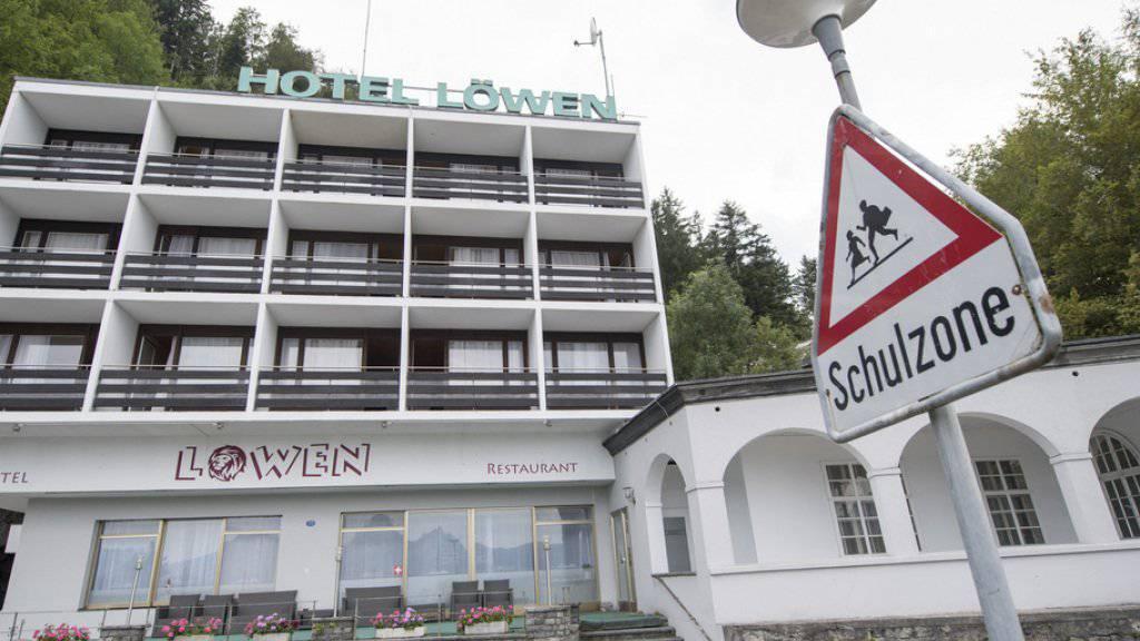 In Seelisberg UR ist die Unterbringung von Asylsuchenden im Hotel Löwen vom Tisch. (Archivbild)