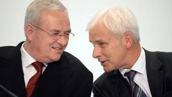 Ein Foto aus vergangenen Tagen: Martin Winterkorn (links) spricht mit Matthias Müller. Letzterer wird nun VW-Chef.