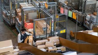 In Zeiten von Corona floriert der Onlinehandel. Die Post bekommt das zu spüren.