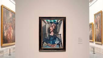 Picassos «Femme au chapeau assise dans un fauteuil» inmitten der Werke von Murillo, Zurbarán, Velázquez und Rubens.Kunstmuseum Basel, Julian Salinas