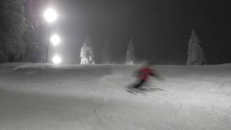 Ein Erlebnis: Nachtskifahren auf dem verschneiten Grenchenberg.