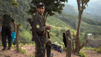 In Kolumbien flammt der Konflikt mit der Farc-Guerilla wieder an zahlreichen Stellen auf. (Symbolbild)