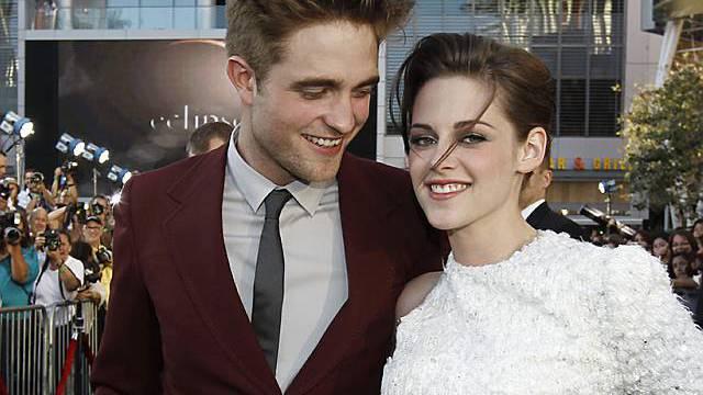 Robert Pattinson (l.) und Kristen Stewart (Archiv)