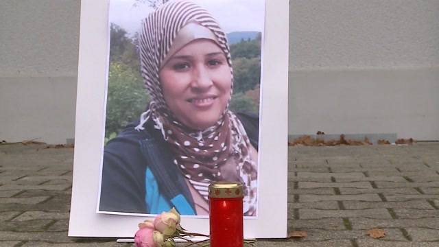 Trauerfeier für die ermordete Asylbewerberin