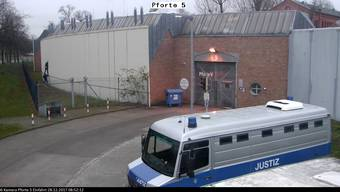 Vier Männer flüchteten aus der Strafanstalt Plötzensee. Drei haben sich zurückgemeldet.