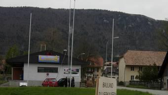 Mitten im Dorf Lommiswil ist eine Handy-Antenne geplant