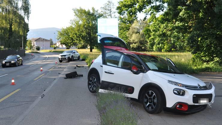Eine Autolenkerin geriet in einer leichten Kurve auf die Gegenfahrbahn.