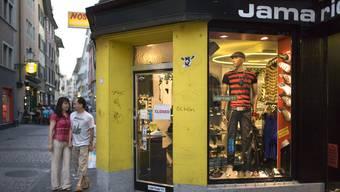 Hier, am ehemaligen Standort des Jamarico im Zürcher «Dörfli», soll bald ein 24-Stunden-Shop einziehen. (Archivbild)