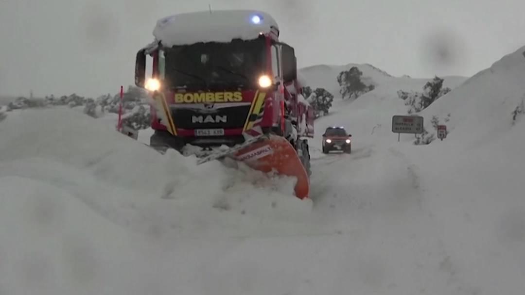 Hier ist der Schnee! Warum Spanien zuviel davon hat